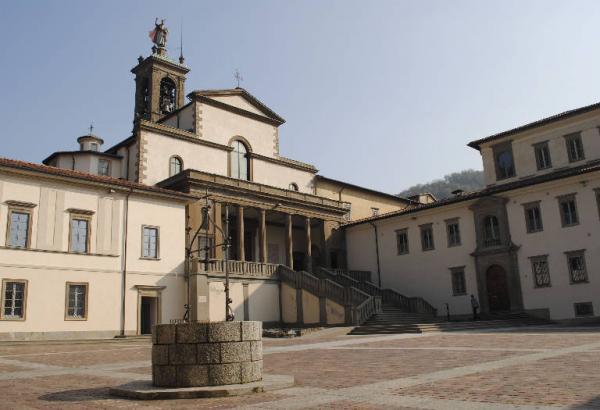 Abbazia di Pontida, nota anche come Monastero di San Giacomo Maggiore, si trova nel territorio del Comune di Pontida, in provincia di Bergamo