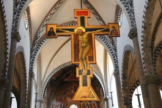 Giotto, Crocefisso, 1280-1290 ca., tempera e oro su tavola, 530x400 cm. Firenze, Chiesa di Santa Maria Novella